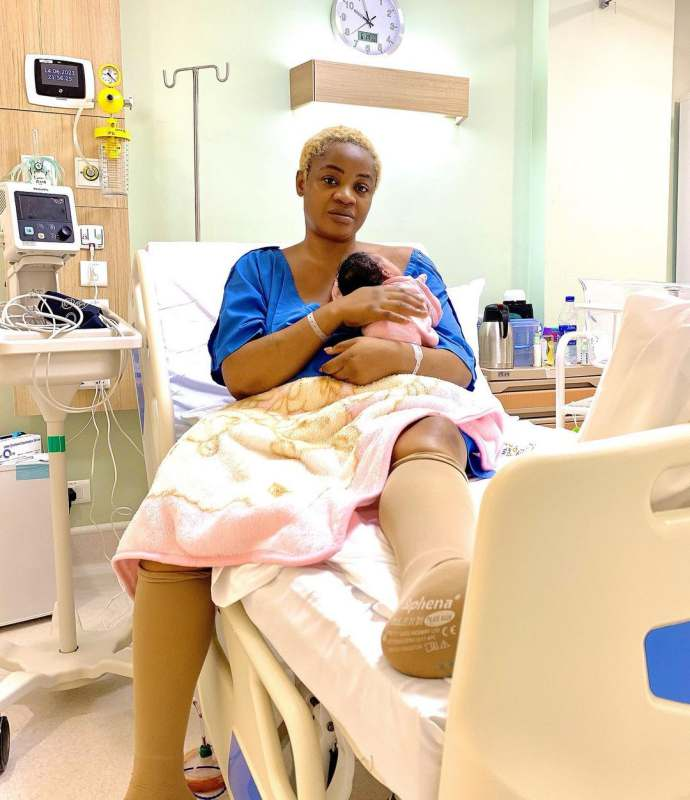 """""""Happiest day of my life"""" - Uche Ogbodo finally discharged after ten days in the Hospital (Video)"""